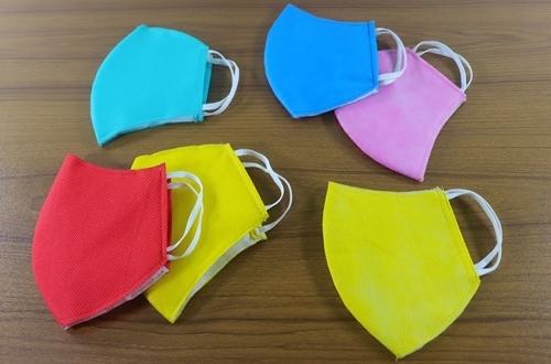renkli-yuz-maskesi