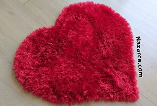 kalp-seklindeki-sacakli-iple-paspas