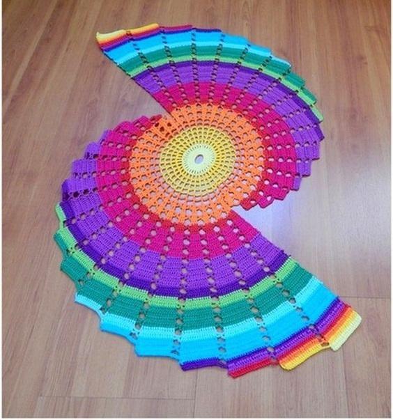 renk-renk-meshur-dantel-modeli