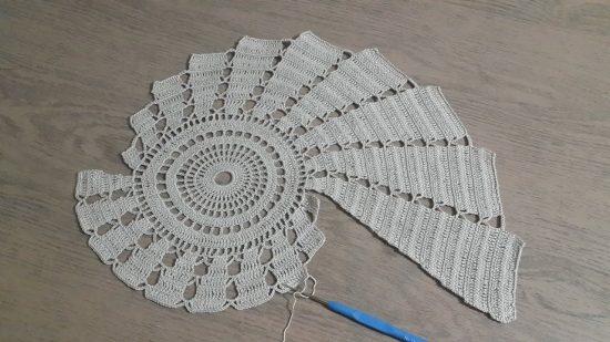 yuvarlak-motiffli-artirmalı-oval-dantel