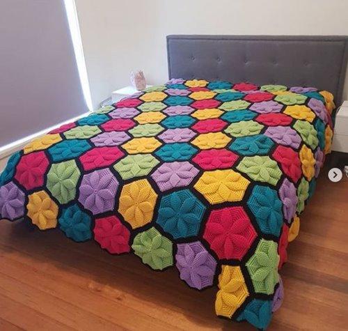 3D -Flower -Hexagon -Blanket -Crochet