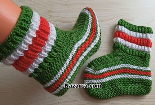 2-Needles Christmas Knit -Socks